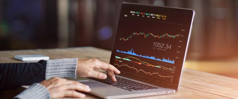 laptop chart forex stocks